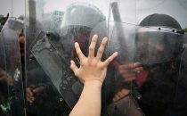 riot-police-hand_645x400