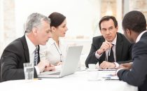group-meeting-discussion_645x400